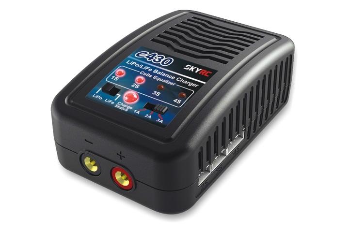SkyRC E430 LiPo/Life Balanseringslader 2-4S 220V